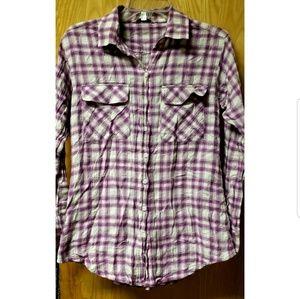 Long sleeve button down plaid shirt